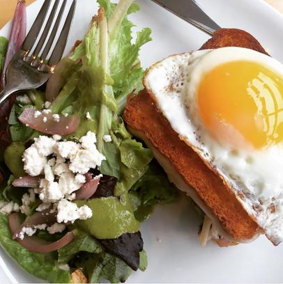 Cerulean Chicken Sandwich