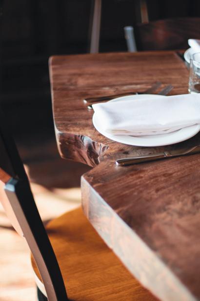 Bluebeard Table