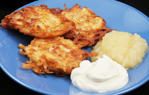 Latke with Applesauce and Sour Cream