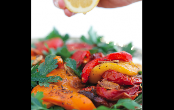 Roasted Red Pepper, Tomato and Parsley Salad  Roasted Red Pepper, Tomato and Parsley Salad
