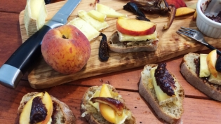 Fig, Peach and Cheese Crostinis